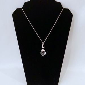 SWAROVSKI~CLEAR CRYSTAL PENDANT NECKLACE/silver